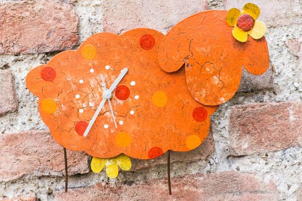 Wanduhr Schaf, orange