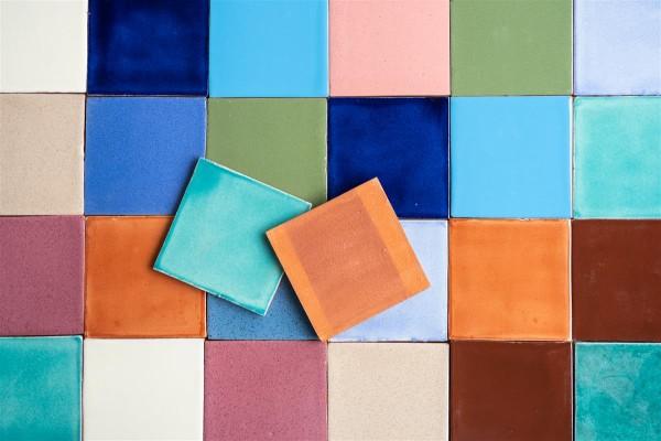 Fliese einfarbig 10x10cm, verschiedene Farben