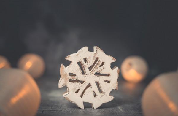 Deko Schneeflocke 10cm Holz weiß