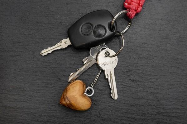 Schlüsselanhänger Olivenholz Herz