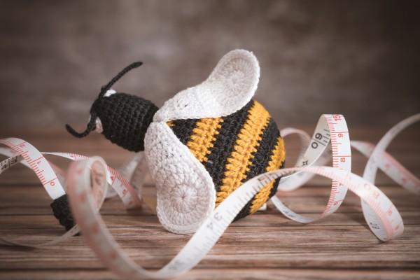 Maßband, Biene