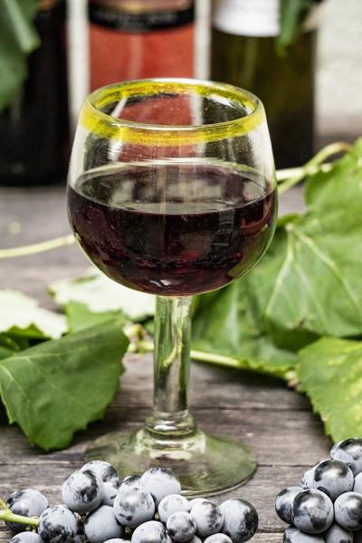 Weinglas Römer, gelb