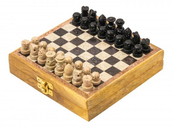 Schachspiel aus Speckstein, 16x16cm